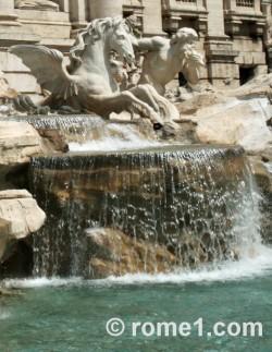 fontaine-de-trevi