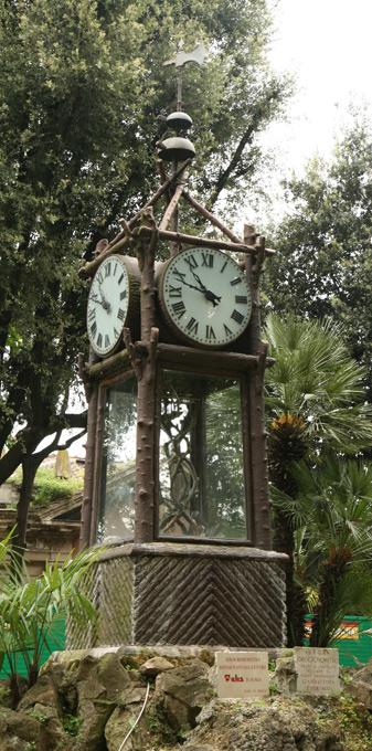 Horloges à eau des jardins du Pincio à Rome