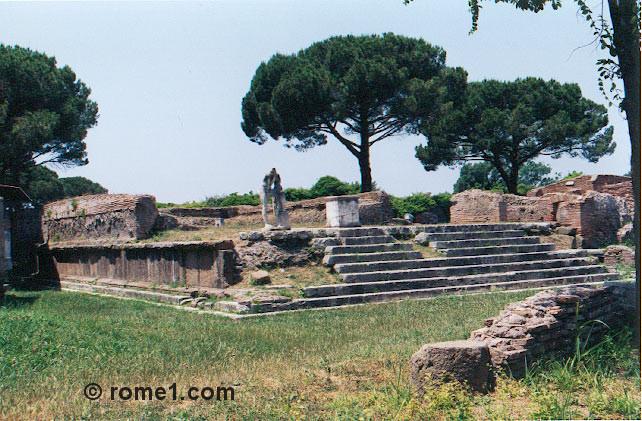 ostie, le forum d'Ostia antica