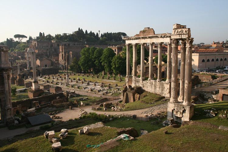 Temple De Saturne Au Forum Romain Tourisme 224 Rome Par