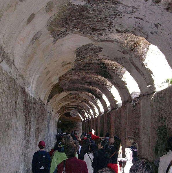 souterrains de la villa Hadrien à Tivoli
