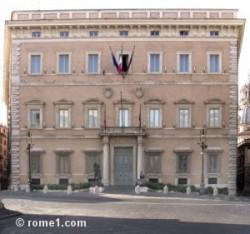 palazzo_valentini-300x281