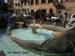Fontaine de la Barcaccia place-d-espagne-55