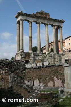temple-de-saturne au forum romain