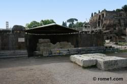 temple du divin Jules